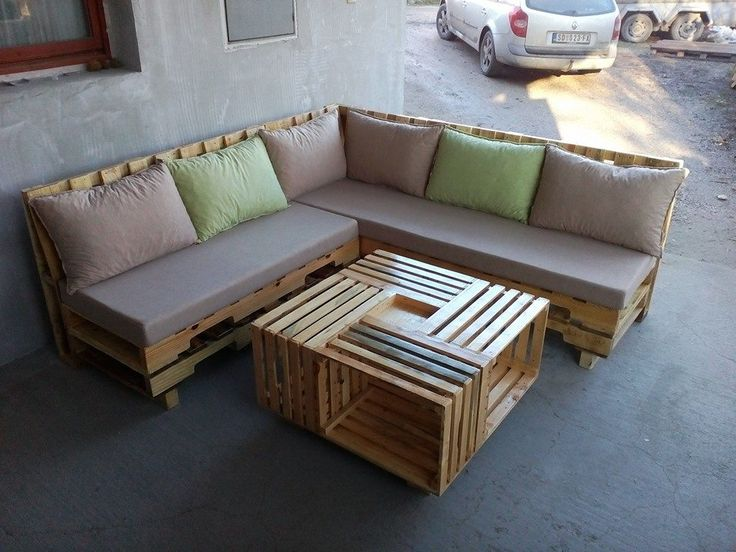 20 Patio Furniture Tutorial For DIY Made By Pallets