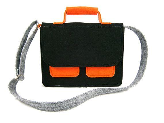 Messenger Handbag Felt purse Bag for women Black by Torebeczkowo, #MessengerHandbag