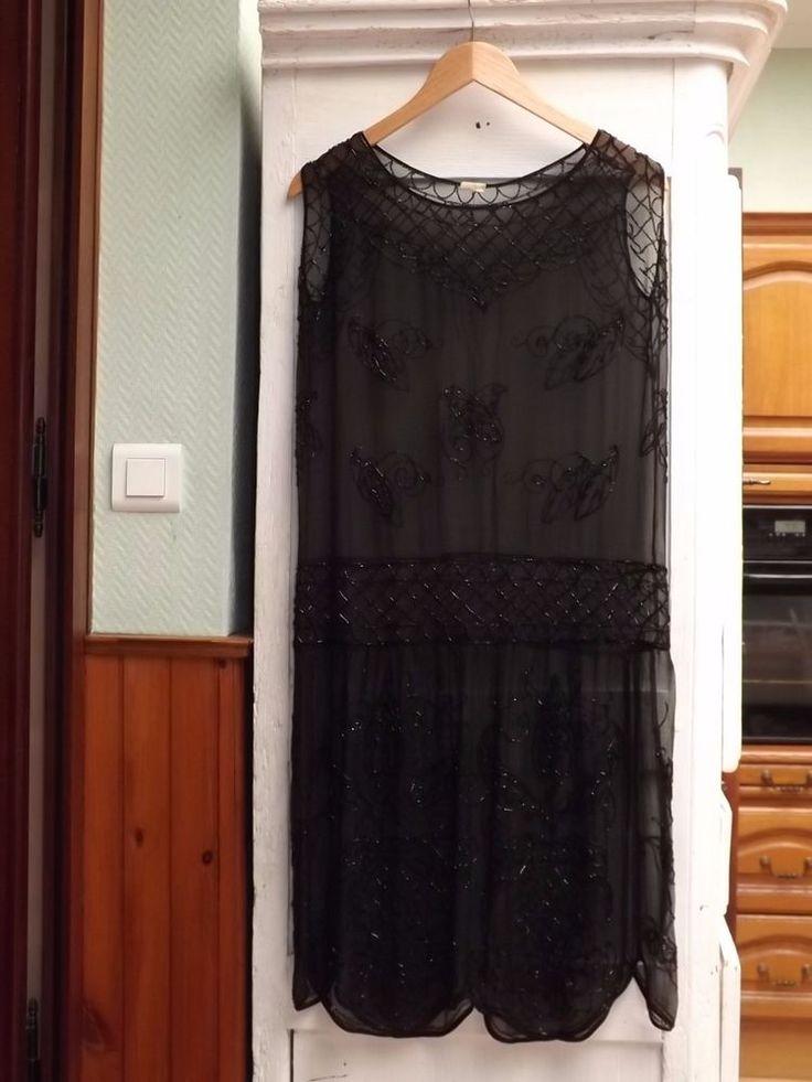 les 25 meilleures id es de la cat gorie robe charleston sur pinterest style de robes de 1920. Black Bedroom Furniture Sets. Home Design Ideas