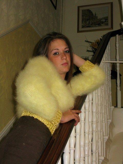 Hot cat angora sweater 3 - 5 3
