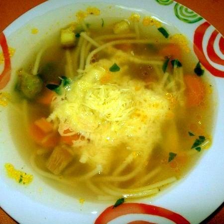Minestrone zöldségleves sajttal Recept képpel -   Mindmegette.hu - Receptek