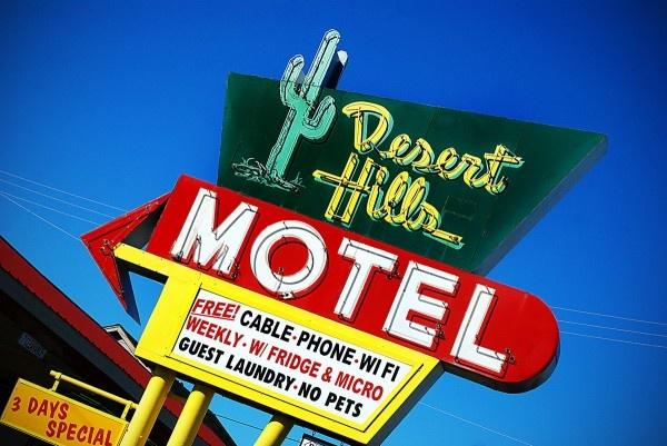 route 66Vibrant Signs, Deserts Hills, Americana Sitting, Roadside America, Signs Adornment, Tulsa Oklahoma, Hills Motel, Route 66, Roads Trips