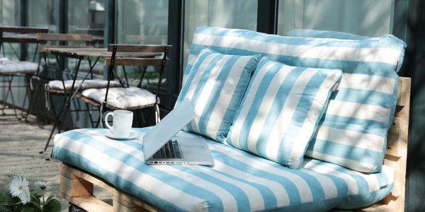costruire-un-divano-con-pallet-riciclati