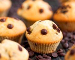 Muffins aux pépites de chocolat (sans oeuf) (facile, rapide) - Une recette CuisineAZ