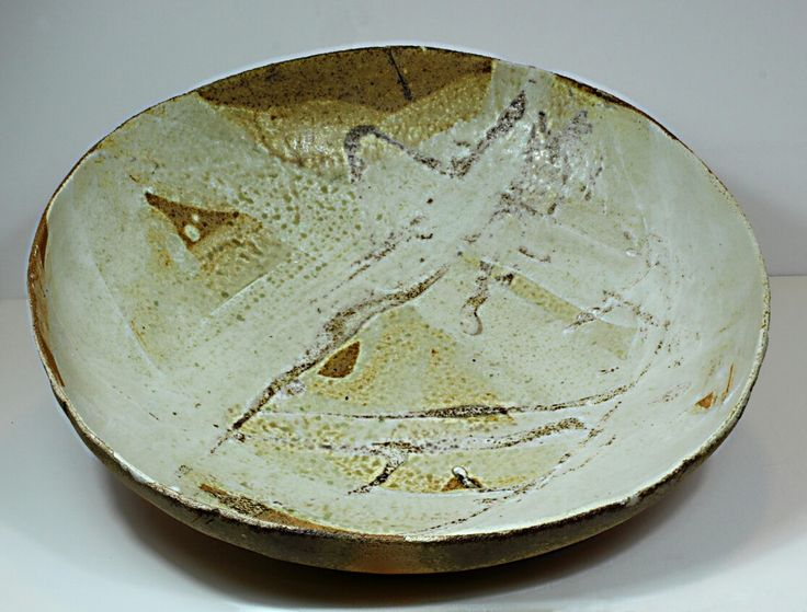 Pirjo Lautiainen, anagama fired platter, mino glaze, diameter 55 cm, 2016