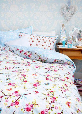 Pip Studio: Met het Pip-behang van Eijffinger uit de nieuwste collectie, en een dekbedovertrek uit de vorige collectie, een heerlijke frisse slaapkamer gecreëerd.