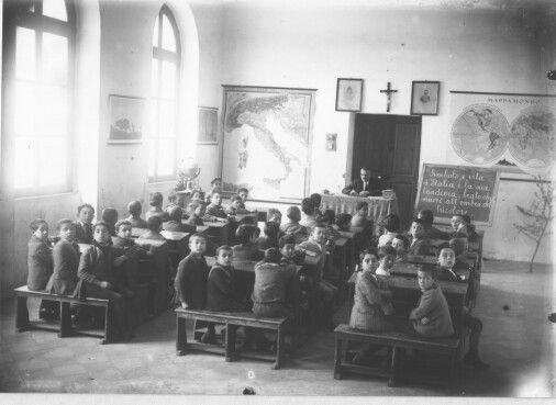Pisticci MT Italy scuola elementare