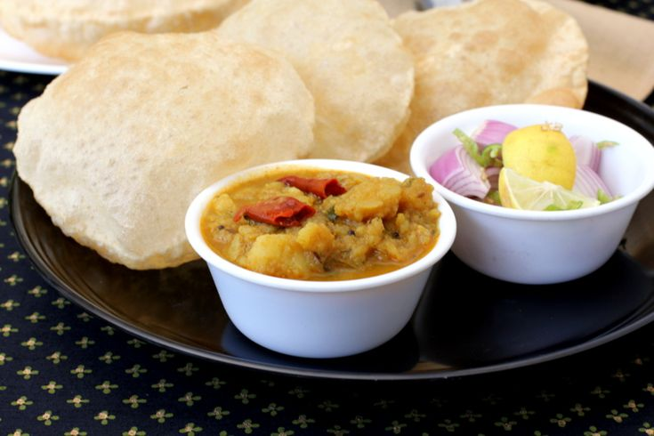 Aloo Rasedar Recipe - North Indian Food - Uttar Pradesh Aloo Recipes