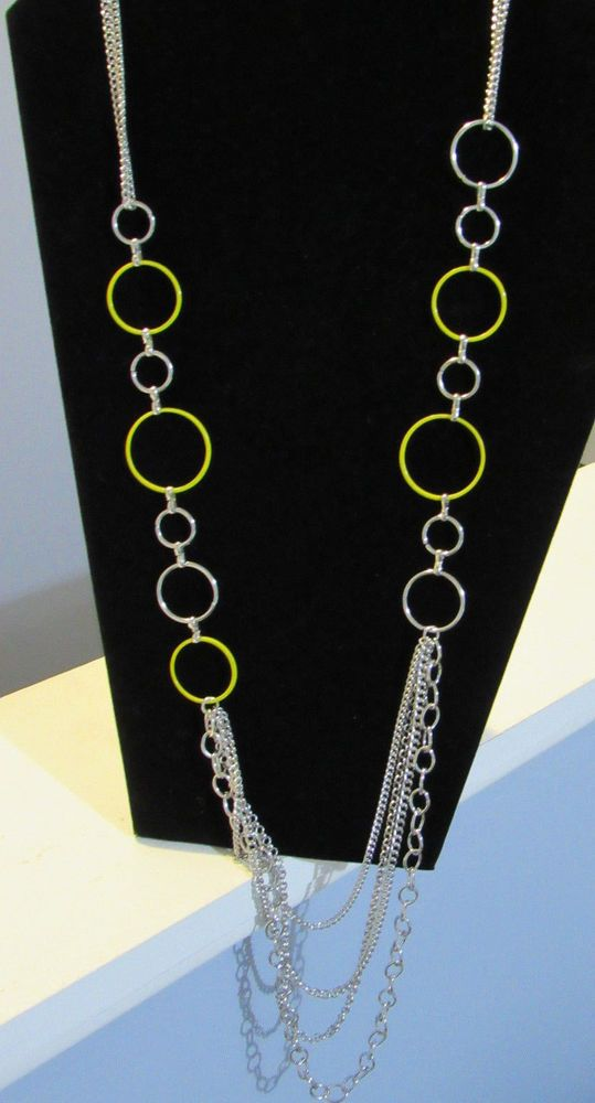 Paparazzi Beautifully Bubbly Yellow Necklace and earrings