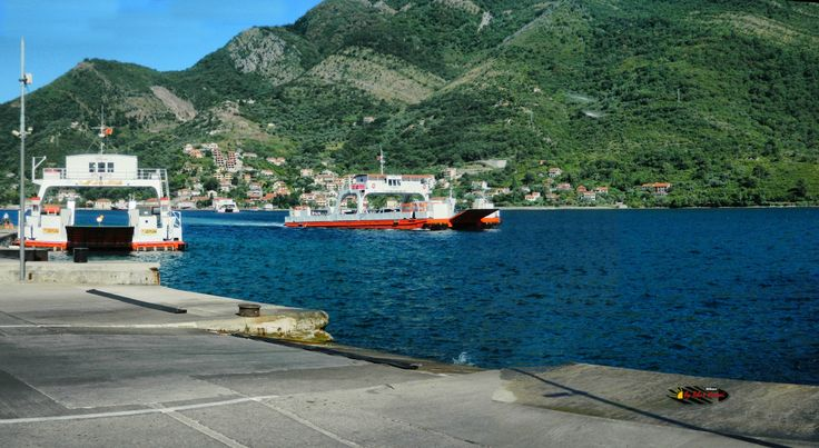 The ferry boat in Kotor Bay, Kamenari, Montenegro, Nikon Coolpix L310, 8.4mm, 1/160s, ISO80, f/10.2,-1.0ev, panorama mode: segment 2, HDR-Art photography, 201607080838
