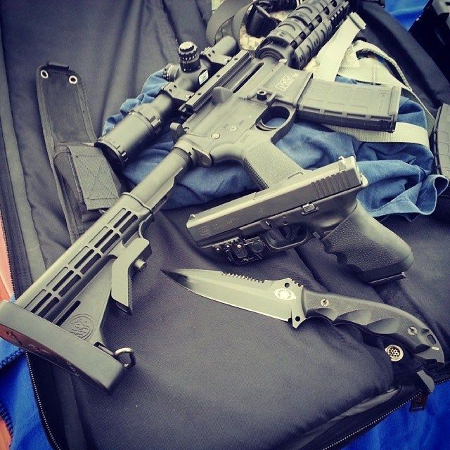 AR-15 Accessories - Photo by @J E grijalva #ar-15 #gunporn #AccessoriesIT @ http://www.mountsplus.com/AR-15_Accessories/AR-15_Scope_Mounts/AR-15_Rifle_Accessories.html Save 10% Discount Code MSP3000
