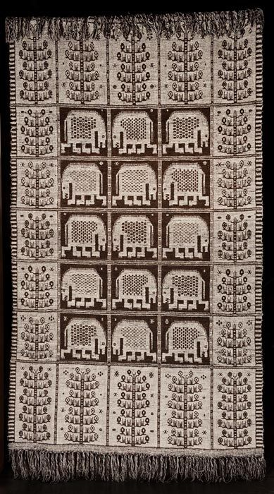 Eleonora Plutyńska, Animals, double-warp textile, recreated by Adolf Jaroszewicz from Janów (near Sokółka), 1956 (based on a design from 1934), collections of the Central Textiles Museum in Łódź, Inventory, Photo: Michał Korta - photo 5