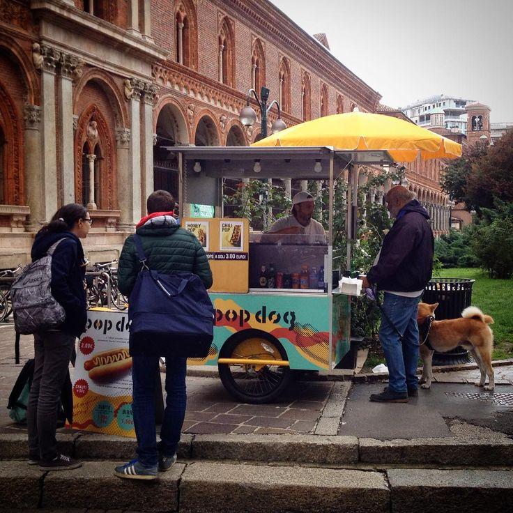 There's a hot dog stand in front of my #university and it feels like in #Sweden again. I miss it so bad.  #hotdog #korv #pølse #pylsur #hotdogstand #korvkiosk #streetfood #milano #mailand #milan #visitmilano #italia #italie #italien #italy #whatitalyis #milanodavedere #exklusive_shot #getoutdoors #igersmilano #ig_milan #igerslombardia #igersitalia #ig_italy #igerseurope #ig_europe #ig_exquisite #ig_captures by gabriele.valente