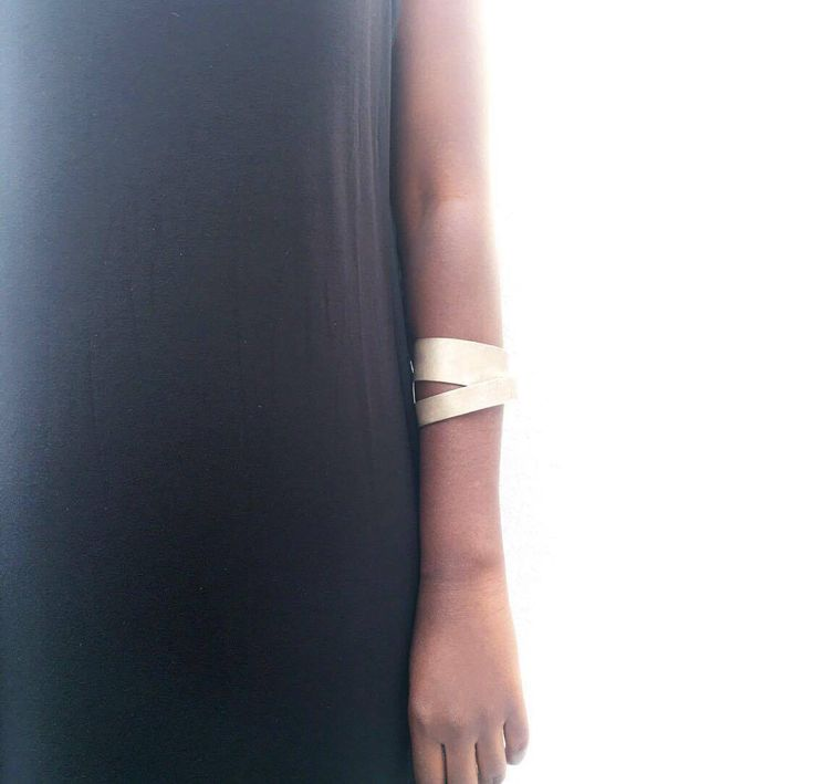 Handmade silver cuff. Barfume Parfumerie, luxury perfumes, handmade jewelry, greek designers