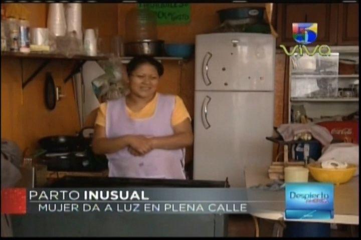 ¡IMÁGENES SENSIBLES! Indignación En México Por El Parto De Una Mujer En Plena Calle Por No Ser Atendida En Un Hospital
