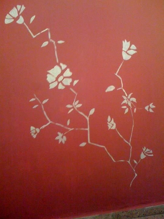Flores pintadas en la pared decoraci n del hogar for Decoracion del hogar facil y economico