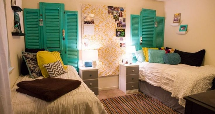 Astonishing Bright Colorful College Dorm Room Ideas For Guys