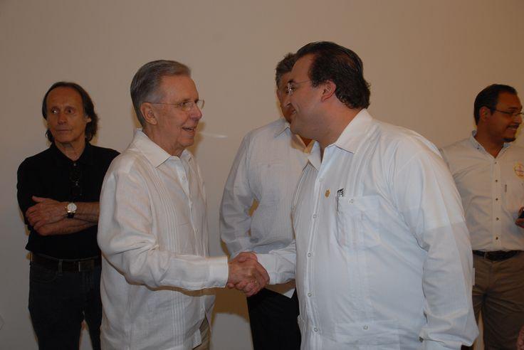 """Javier Duarte: """"Veracruz y su industria petrolera comparten una historia común porque el desarrollo de muchas regiones está ligado a la presencia de PEMEX en nuestro territorio""""."""
