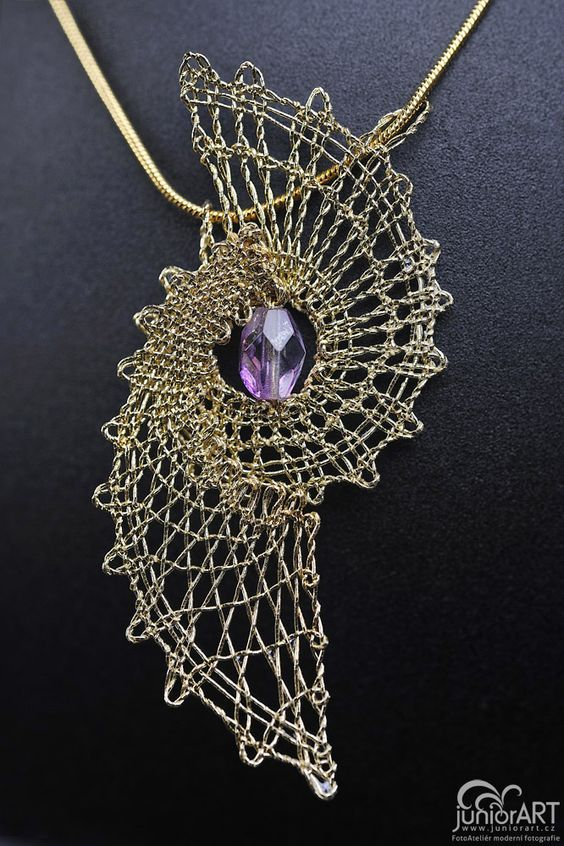 Pendant III. - bobbin lace by ~Junior-rk on deviantART:
