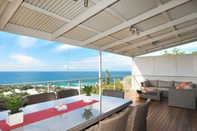 Sunshine Beach House - price on application - 3 bed - sleeps 6