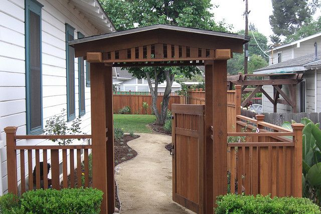 33 best craftsman style fence design ideas images on for Craftsman style trellis
