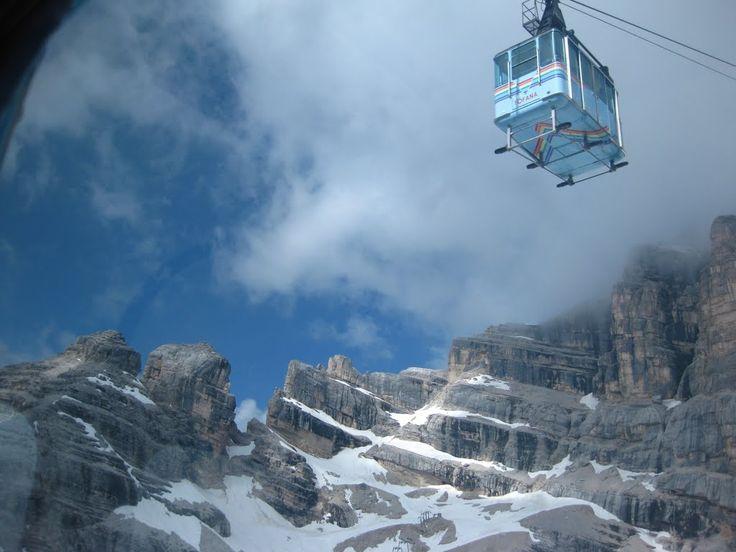 """Teleférico """"Freccia nel Cielo"""" - Cortina d'Ampezzo  #dolomitas #roteiros #ferias #viagens #itália"""