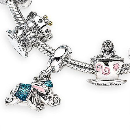 "This just in! The Disney Store released this adorable new Pandora gift set themed for Fantasyland! Here's the scoop! Magic in the details… Created especially for Walt Disney World Resort and Disneyland Resort Please Note: Purchase of this item is limited to 2 per Guest. FREE 11"" x 14"" Fantasyland-themed lithograph Gift set includes: Alice … Continue reading »"