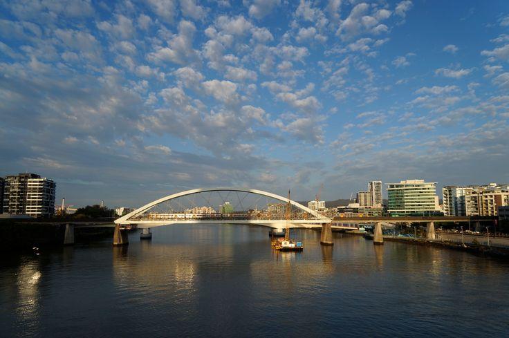 Sunrise at the Merivale Bridge, Brisbane. June 2016.
