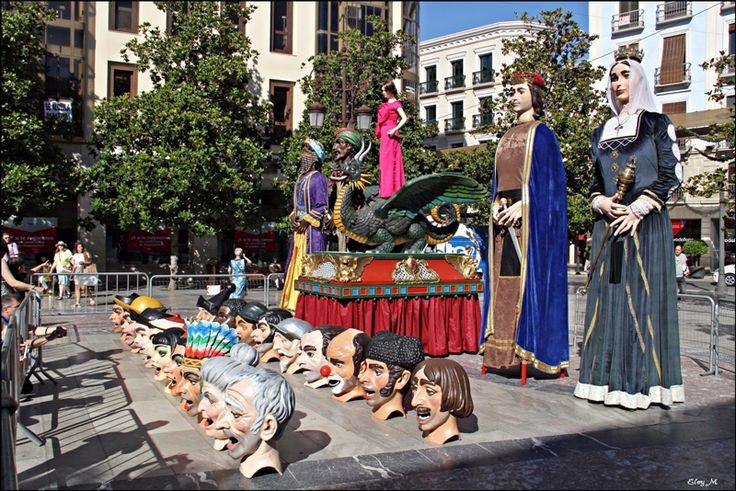 La #Tarasca y el #Corpus Christi dan #comienzo en #Granada a los días grandes de sus #fiestas