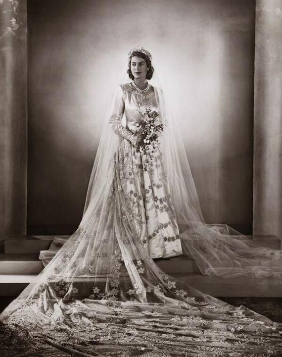 Королева Елизавета в день свадьбы