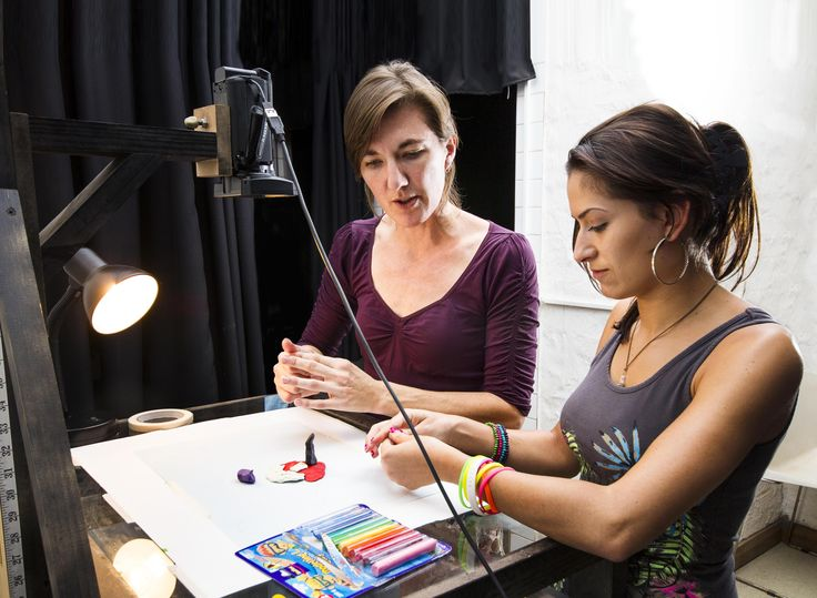 Lecturer Marinda Botha and a Stop-Animation Motion student.