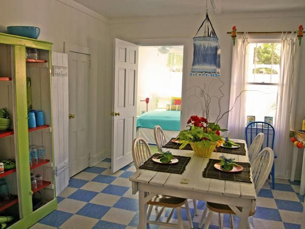 There's no fear of color in this Tybee Island beach cottage. The bright kitchen accents include pops of orange, turquoise, lime green, yellow and red. (Design by Jane Coslick; photography by Jason Thrasher of Thrasher Photo & Design)Cottages Kitchens, Beach Cottages, Colors Palettes, Jane Coslick, Favorite Projects, Cottage Kitchens, Tybee Islands, Coastal Design, Coslick Cottages