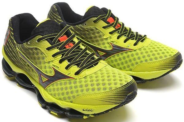 Tênis Masculino Mizuno Wave Prophecy 4 - Amarelo e Preto De R$ 925,00 Por R$ 473,60 ou 3X R$ 157,87  Acesse: http://www.starmoda.com.br/tenis-masculino-mizuno-wave-propchecy4-TMMWP7-2