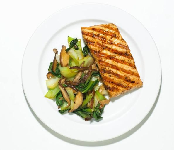 The Top 8 Energy Enhancing Foods  http://www.mensfitness.com/nutrition/what-to-eat/top-8-energy-enhancing-foods/slide/4