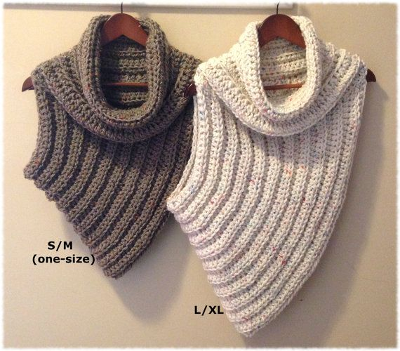 Cross-Body Cowl PATTERN - Instructions for sizes S/M (One Size Fits Most) and L/XL Skill level: Easy (Level 2) (Knowledge of sc, hdc, increasing, and decreasing is required for this pattern.) Written in American English, using US crochet terms. German translation by SansCel. Materials Needed: 330-440 yards (302-402 meters) bulky (5) weight yarn Size M-11 (9.00 mm) crochet hook Large-eye blunt needle for weaving in ends This fun and trendy cowl is seamless and reversible. You will only hav...