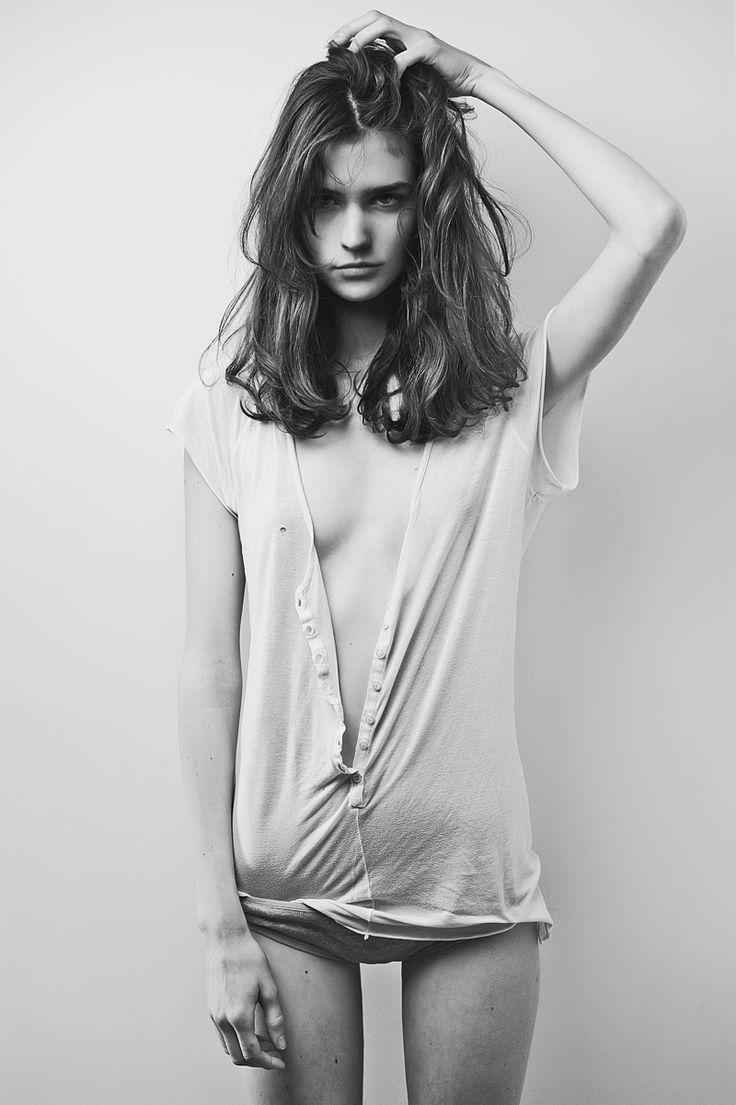 backspaceforward: Manon Leloup by Mathieu Vladimir