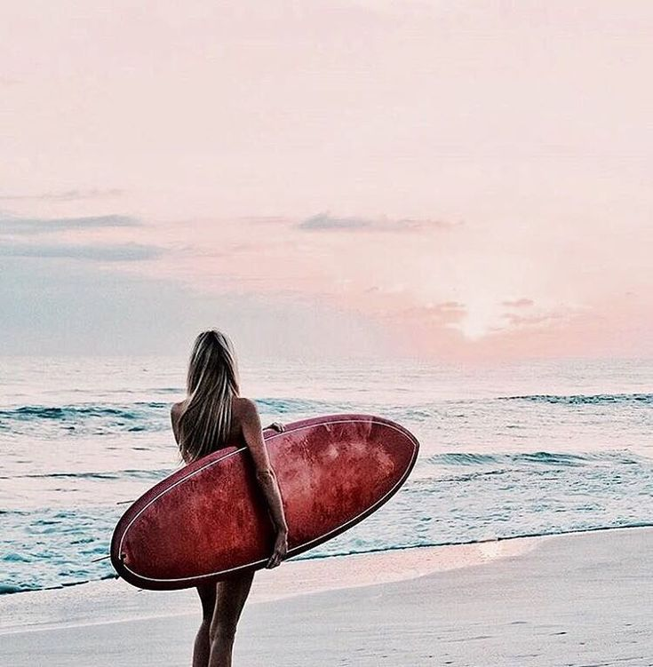 Sun on my skin, surrounded by water, feeling the thrill, feeling the rush of the waves, felling free and feeling young as I surf over the waves, mesmerized by the majestic ocean❤