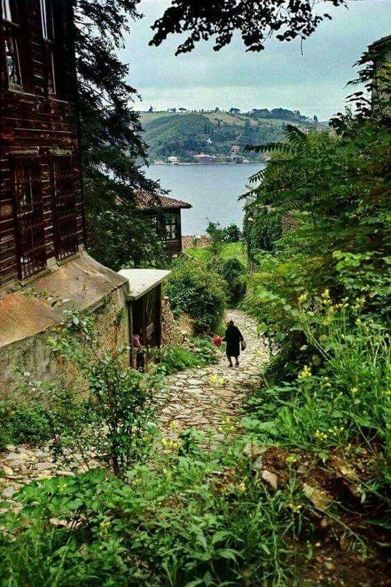 Rumelihisarı ..1962..Ara Güler fotoğrafı..