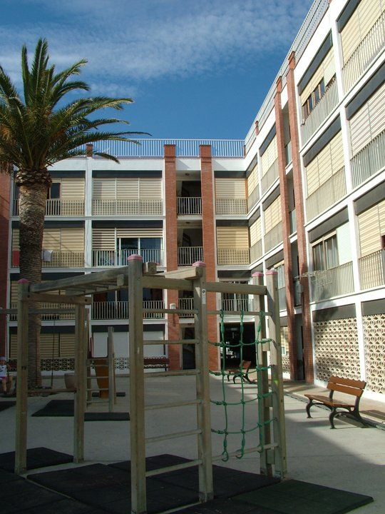 Ideas de #Balcon, Exterior, estilo #Contemporaneo color  #Marron,  #Beige,  #Gris, diseñado por MR-ARQUITECTURA TECNICA  #CajonDeIdeas