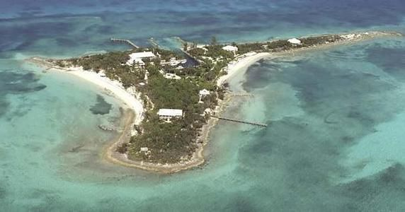 Luxury real estate in The Bahamas - Sandy Cay - JamesEdition