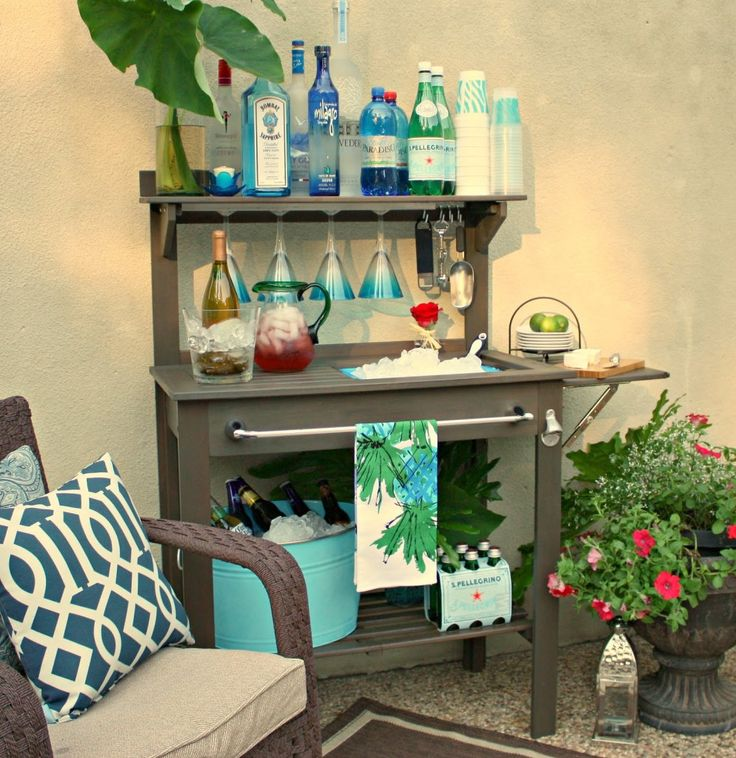 potting table turned poolside barIdeas, Turn Outdoor, S'More Bar, S'Mores Bar, Outdoor Bars, Potting Benches, Bar Carts, Benches Turn, Pots Benches