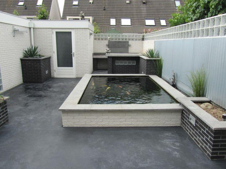 Betonvloer rond koi vijver in de kleur antraciet ideeen voor de tuin garden pinterest koi - Outdoor patio ideeen ...
