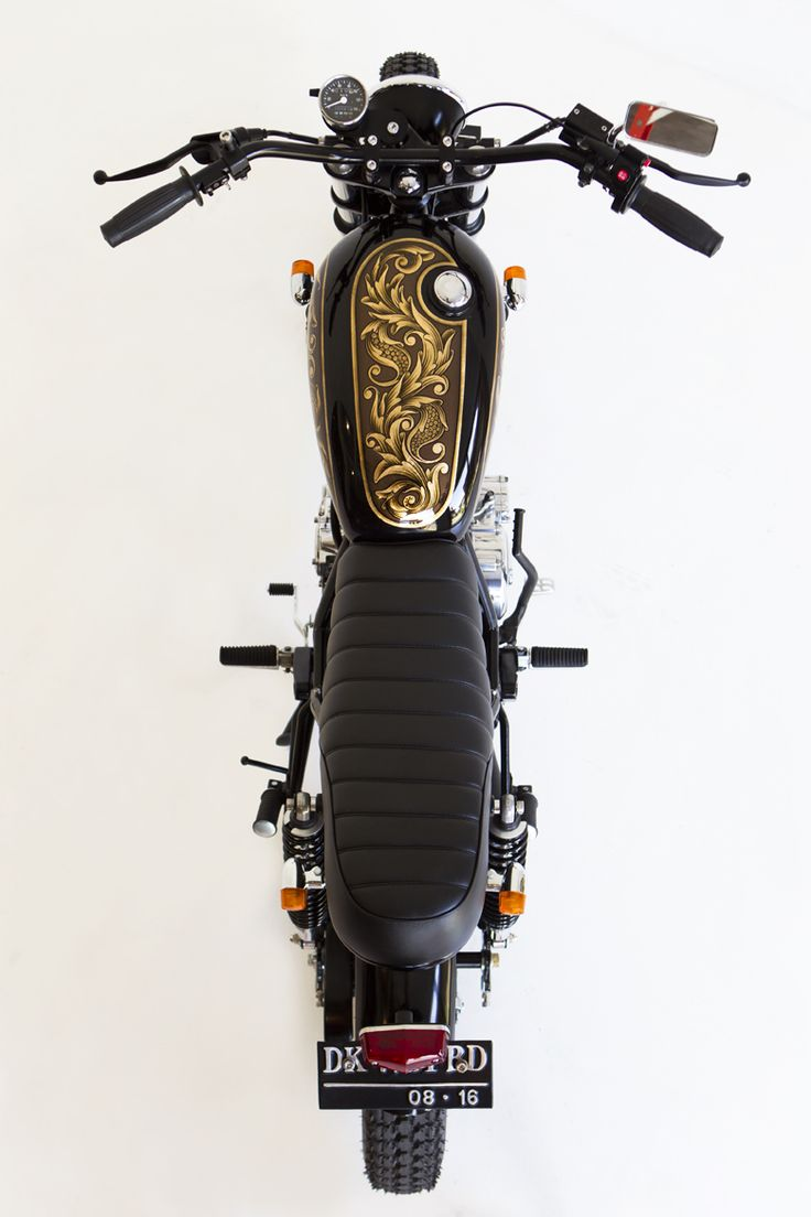 'Tanks' for the Gold. Yamaha SX225 aka Scorpio | Deus Indonesia