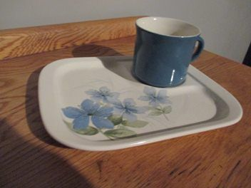 CROWN LYNN SAPHIRE  SQUARE PLATE AND CUP