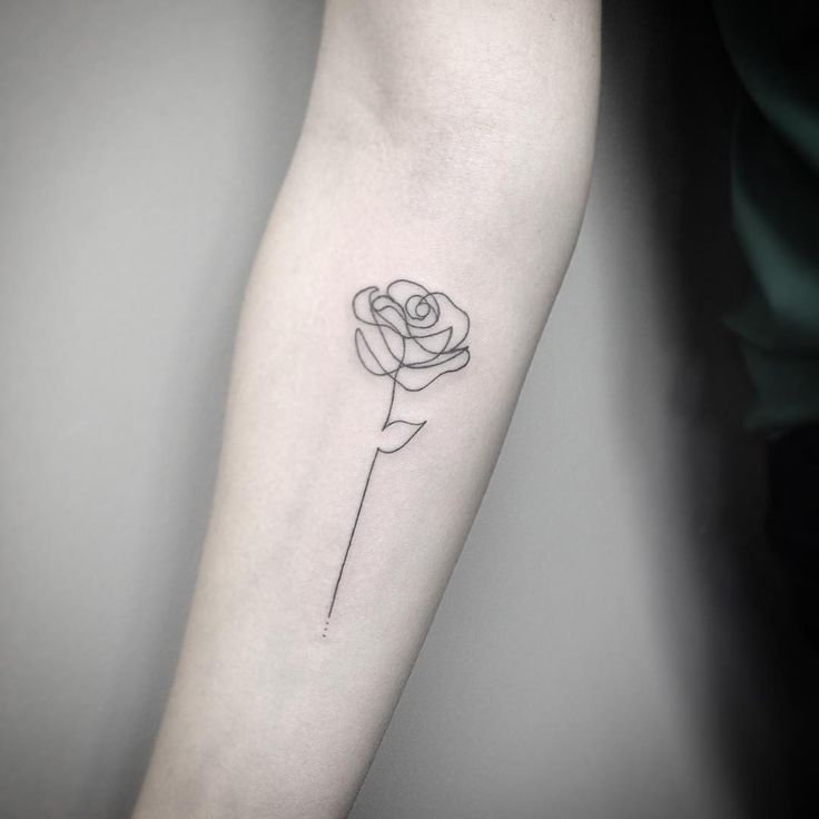 Best 25+ Small Rose Tattoos Ideas On Pinterest