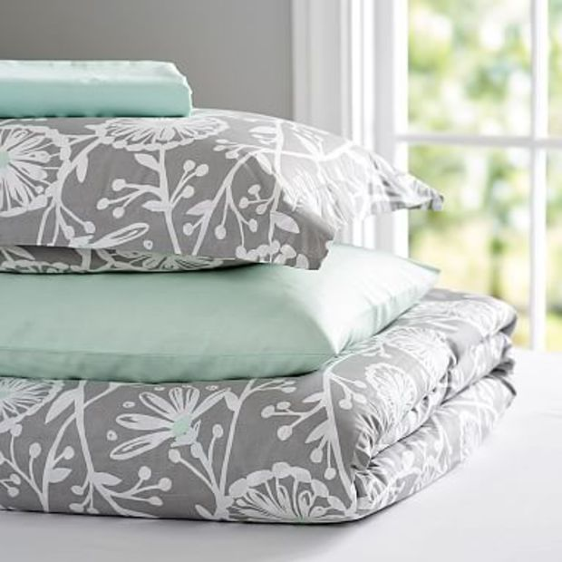 Budding Vine Deluxe Value Duvet Set