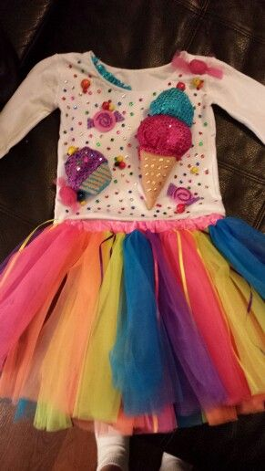 Homemade kid friendly Katy Perry costume