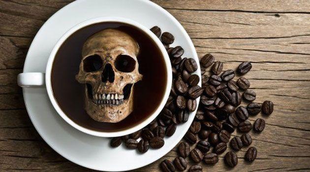 """İki Bardağı Sizi Öldürmeye Yetecek Kahve, """"Ass Kicker"""" ile tanışın ! Söylemeden geçmeyelim, en iyi ihtimalle sizi en az 18 saat ayakta tutmaya yetiyor."""
