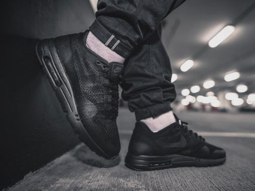Nike Air Max 1 Ultra Flyknit - Triple Black - 2016 (by... #sneakers #shoes #kicks #jordan #lebron #nba #nike #adidas #reebok #airjordan #sneakerhead #fashion #sneakerscartel