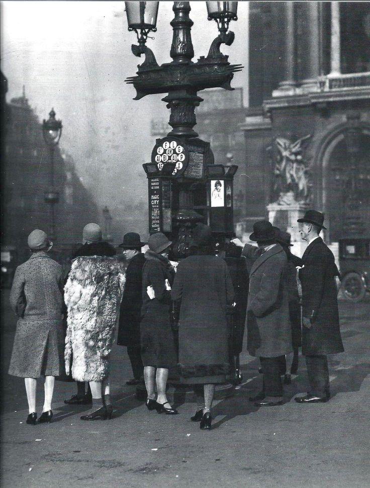 Bus stop at Place de l'Opéra Paris circa 1930 Agence Keystone